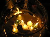 Как просто снять порчу на воск свечой