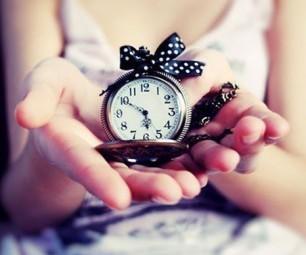 Почему дарить часы плохая примета?