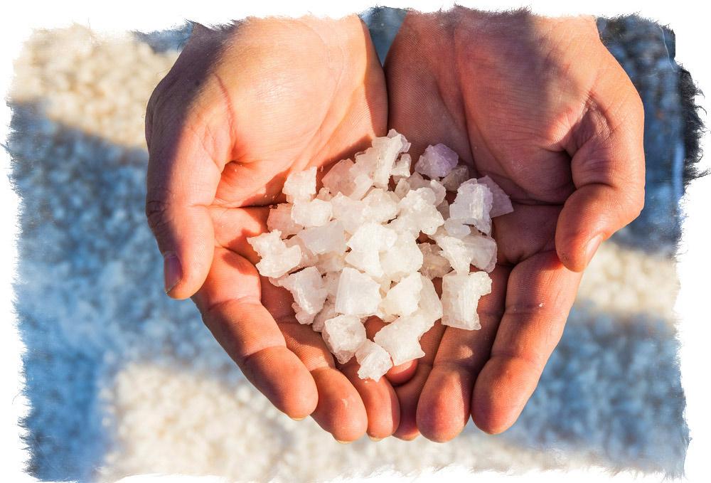 очищение энергетики человека солью