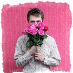 можно ли дарить 13 роз