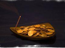 Черная магия на привлечение денег — секреты богатства темных магов
