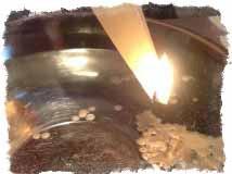 Гадание со свечой и водой