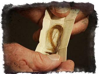 Как действует приворот на волосы