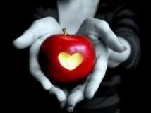 Заговор на яблоко на любовь