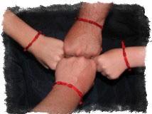 Заговор на красную нить — сильная защита