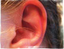 Горят уши — примета
