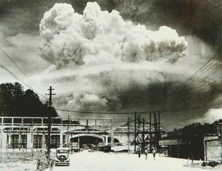 hirosima-i-nagasaki-posledstviya-vzryva-atomnoj-bomby-27[1]