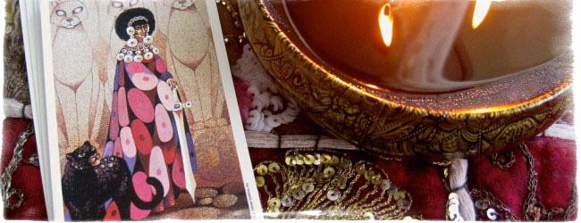 королева мечей таро значение