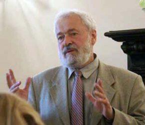 Влади́мир Никола́евич Смирно́в (род. 17 мая 1937) — советский и российский биохимик, доктор биологических наук, академик Российской академии наук