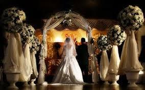 Чёрное венчание в церкви